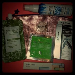 NWT IT cosmetics bundle